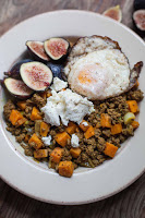 Spiced Beef and Sweet Potato Bowls with Crispy Eggs #30MinuteMondays | acalculatedwhisk.com